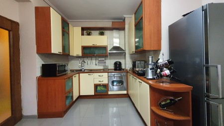 Apartment 3+1 - For sale Rruga Him Kolli
