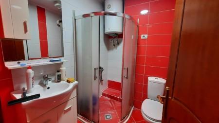 Apartment 3+1 - For Rent Rruga Him Kolli