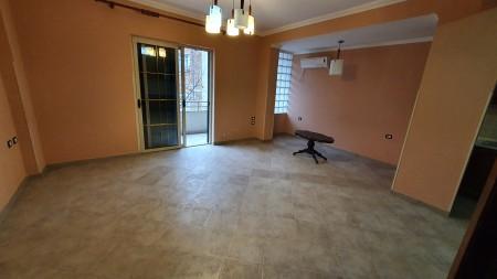 Apartment 3+1 - For Rent Rruga Hoxha Tahsim