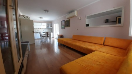 Apartment 2+1 - For sale Rruga Margarita Tutulani
