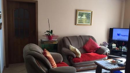 Apartament 3+1 - Qira Rruga Abdyl Frashëri