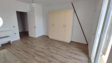 Apartament 2+1 - Shitje Rruga Astrit Losha