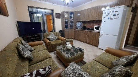Apartment 4+1 - For sale Rruga e Elbasanit