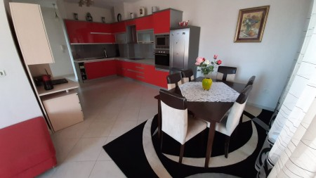 Apartment 2+1 - For sale Rruga Sadik Petrela