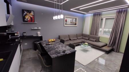 Apartament 2+1 - Qira Rruga Nexho Konomi
