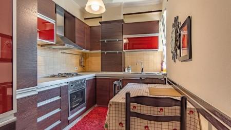Apartament 2+1 - Shitje Rruga Mustafa Matohiti