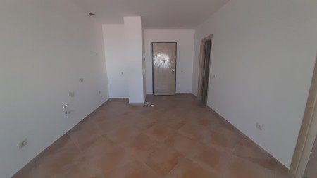 Apartment 1+1 - For sale Rruga Xhanfize Keko