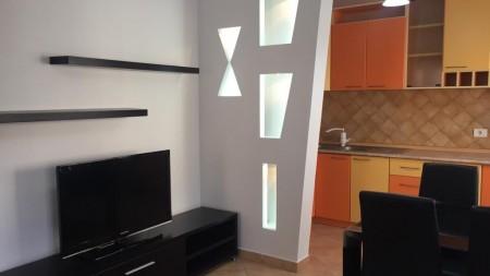 Apartament 2+1 - Qira Rruga Him Kolli
