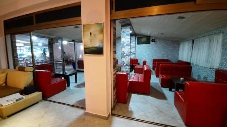 Shop - For Rent Rruga Hoxha Tahsim