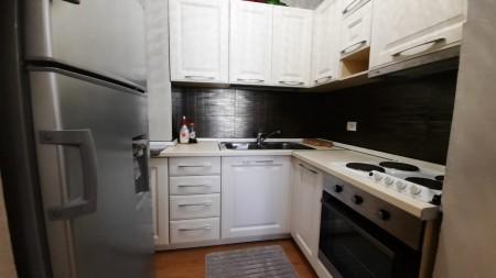 Apartment 1+1 - For sale Rruga Rrapo Hekali