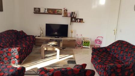 Apartment 3+1 - For sale Rruga Mine Peza
