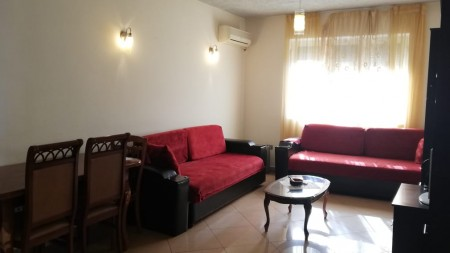 Apartament 2+1 - Qira Rruga Naim Frashëri