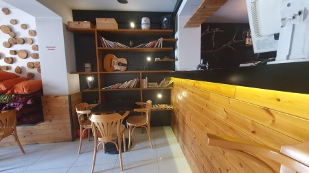 Bar-Restaurant - Qira Rruga Kont Leopold Bertold