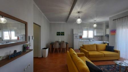 Apartament 2+1 - Qira Rruga Irfan Tomini