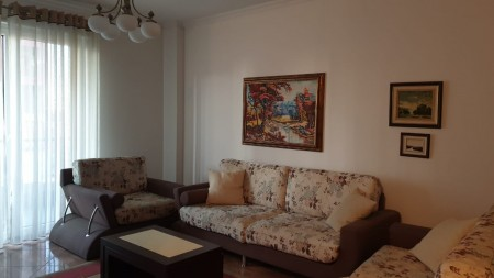 Apartment 2+1 - For sale Rruga Xhanfize Keko