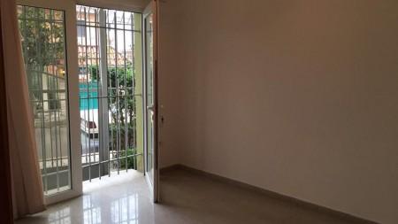 Villa - For Rent Rruga Bedri Dedja