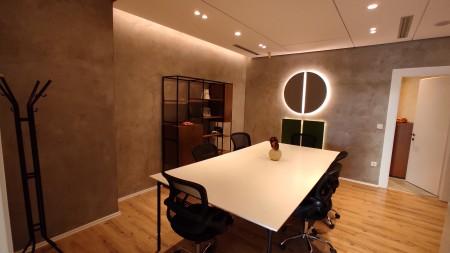 Zyrë - Qira Rruga Reshit Petrela