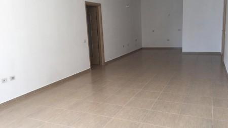 Apartament 3+1 - Qira Rruga Don Bosko