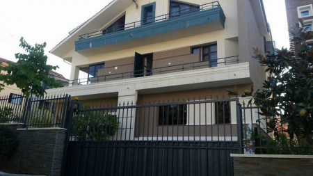 Villa - For sale Rruga Ali Visha