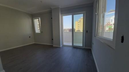 Apartament 2+1 - Shitje Rruga Tafaj