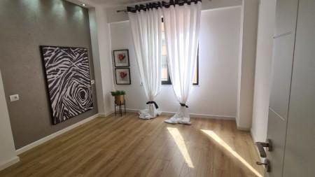Apartment 2+1 - For sale Rruga Medar Shtylla