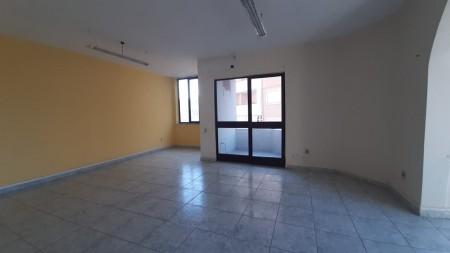 Apartament 3+1 - Shitje Rruga Beqir Luga
