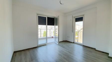 Apartament 2+1 - Qira Rruga Frosina Plaku