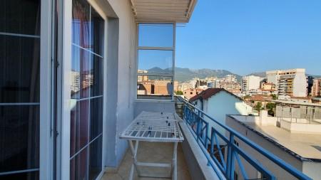 Apartament 2+1 - Qira Rruga Mahmut Fortuzi