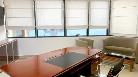 Zyrë - Qira Bulevardi Dëshmorët e Kombit