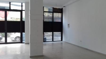 Dyqan - Qira Rruga Arkitekt Kasemi