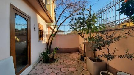 Apartament 1+1 - Qira Rruga Xhanfize Keko