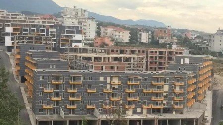 Apartament 1+1 - Shitje Rruga Aleksander Konda