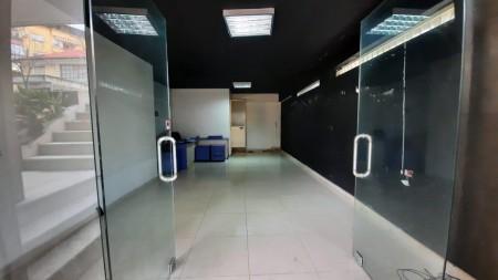 Zyrë - Qira Rruga Siri Kodra