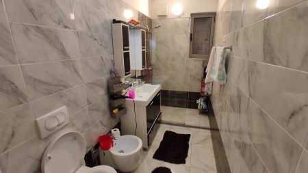 Apartment 3+1 - For sale Rruga Thoma Koxhaj
