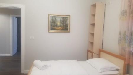 Apartament 2+1 - Qira Rruga Emin Duraku