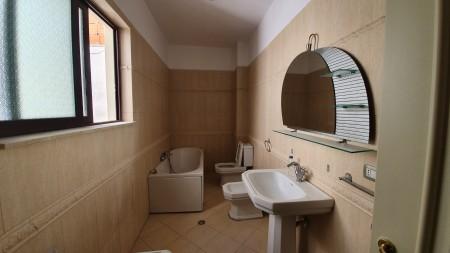 Apartment - For Rent Rruga Ismail Qemali