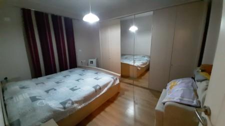 Apartment 2+1 - For sale Rruga Sotir Caci