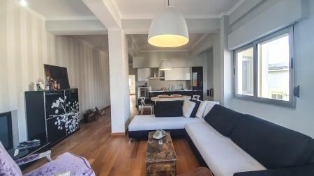 Apartament 2+1 - Shitje Rruga Peti