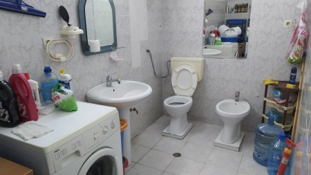 Apartament 2+1 - Shitje Rruga Zihni Sako