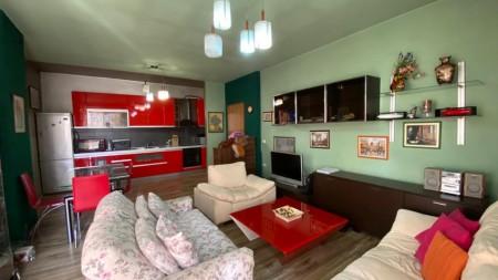 Apartament 2+1 - Shitje Rruga Hoxha Tahsim