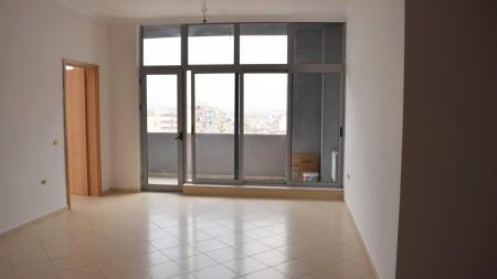Apartament 3+1 - Shitje Kavaja Street