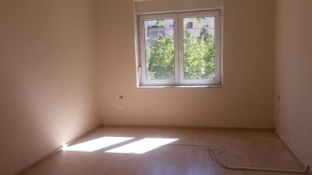 Office - For Rent Rruga Mine Peza