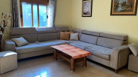 Apartment 1+1 - For sale Rruga Hamdi Cenojmeri