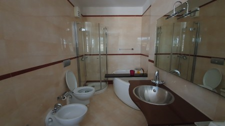Apartment 2+1 - For sale Rruga Him Kolli