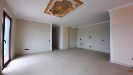 Apartament 3+1 - Shitje Rruga Todi Shkurti