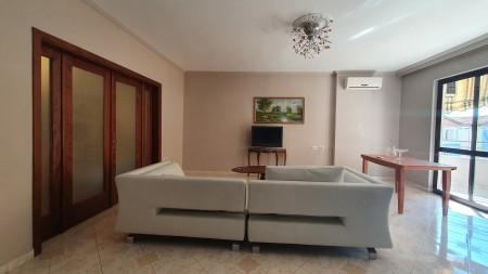 Apartament 1+1 - Shitje Rruga Ismail Qemali