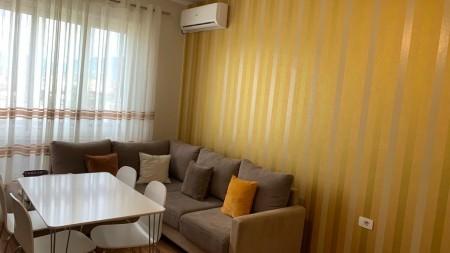 Apartment 3+1 - For sale Rruga Karl Gega