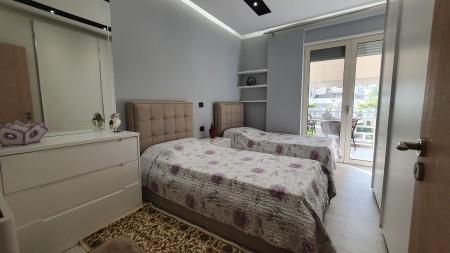 Apartament 2+1 - Qira Rruga Hamdi Sina