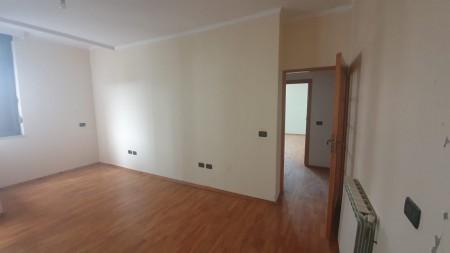 Apartament 3+1 - Shitje Rruga Dervish Hima