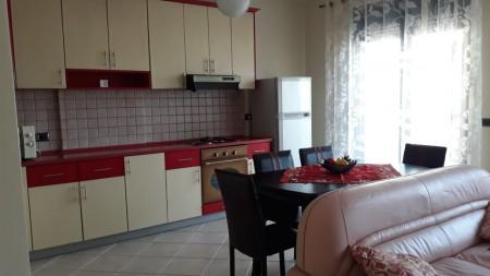 Apartament 2+1 - Qira Rruga Kostandin Kristoforidhi